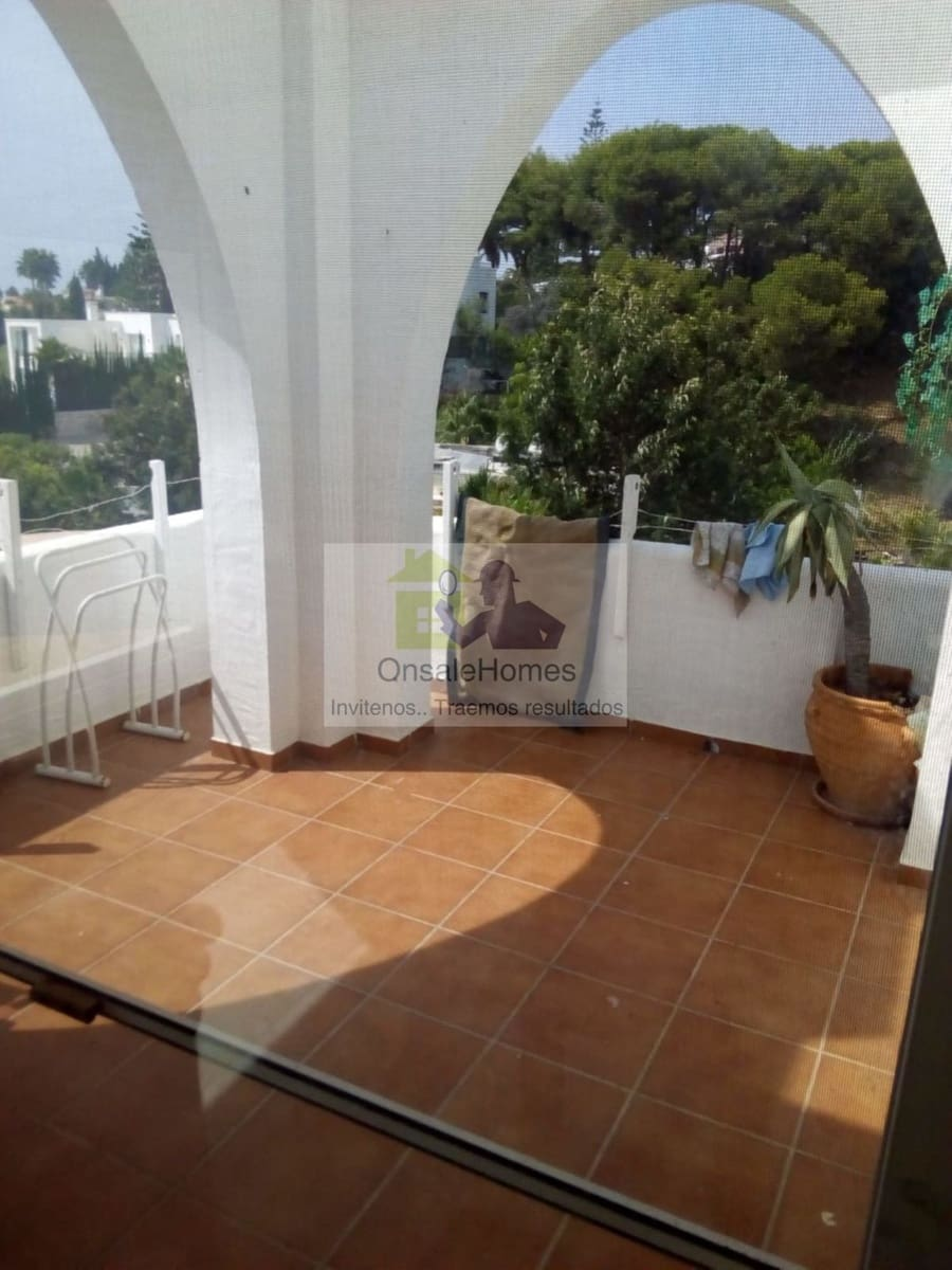 2 bedroom Apartment for sale in Marbella with pool - € 157,500 (Ref: 5115891)