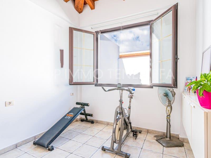 5 sypialnia Dom szeregowy na sprzedaż w El Medano z basenem garażem - 525 000 € (Ref: 5833692)