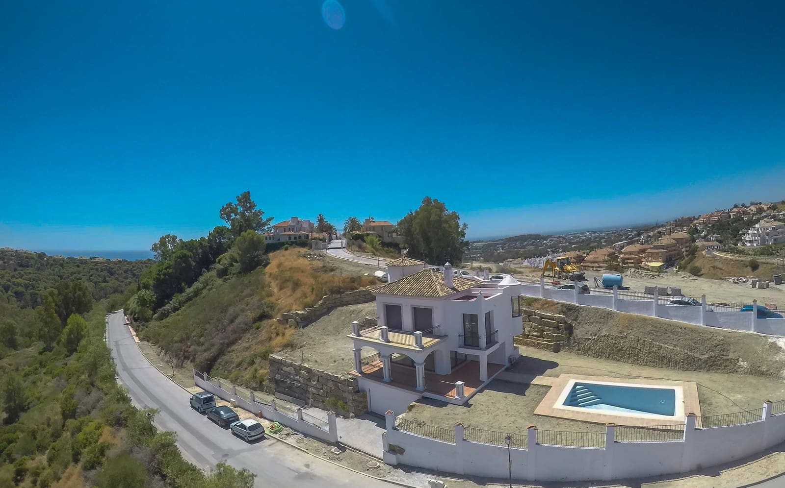 3 bedroom Villa for sale in Marbella with pool garage - € 690,000 (Ref: 4168881)