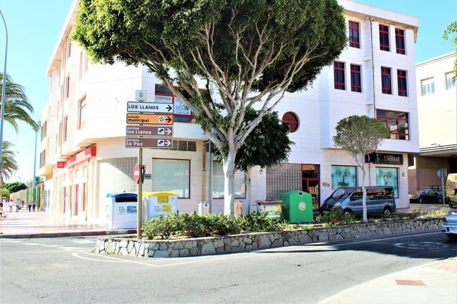 Comercial para venda em Santa Lucia de Tirajana - 145 000 € (Ref: 6398541)
