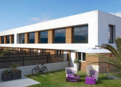 2 bedroom Loft for sale in Gran Alacant with pool - € 109,000 (Ref: 5192068)