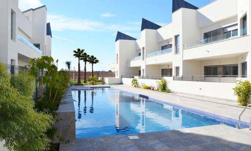3 quarto Bungalow para venda em Torrevieja com piscina garagem - 220 000 € (Ref: 6166981)