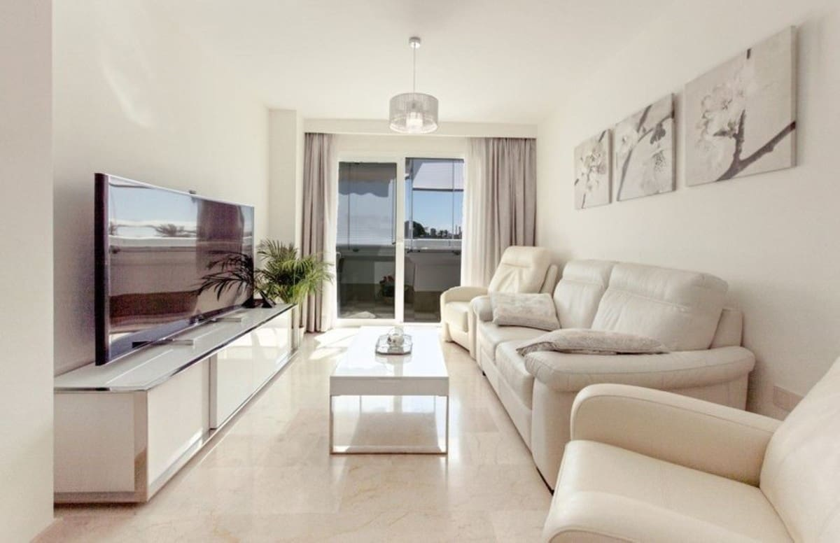 3 bedroom Apartment for sale in Marbella - € 305,000 (Ref: 5044985)