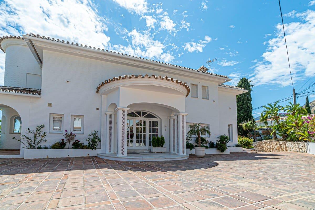 4 bedroom Villa for sale in Benalmadena with pool - € 1,980,000 (Ref: 5064869)
