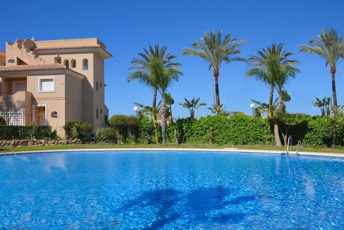 5 bedroom Townhouse for sale in Manilva - € 439,000 (Ref: 5122588)