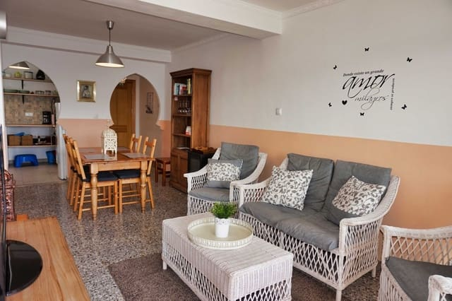 3 bedroom Apartment for sale in Pinoso - € 59,950 (Ref: 6106502)