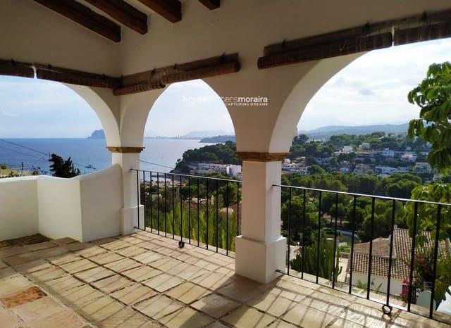 3 slaapkamer Penthouse te huur in Moraira met zwembad - € 1.000 (Ref: 5470925)