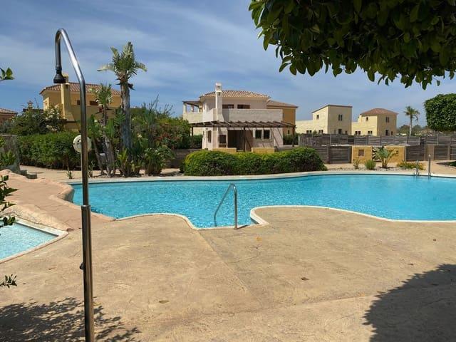 3 soveværelse Villa til salg i Cuevas del Almanzora med swimmingpool garage - € 295.000 (Ref: 5602820)