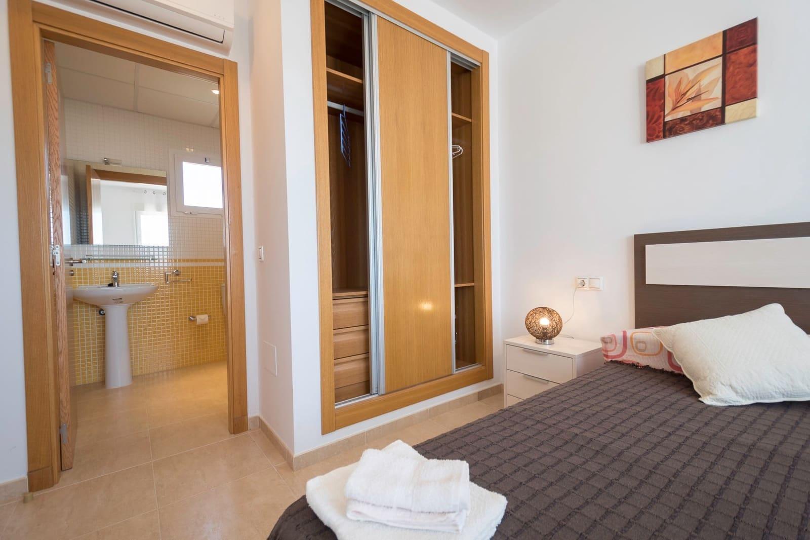 2 soveværelse Penthouse til leje i Vera med swimmingpool - € 695 (Ref: 5619845)