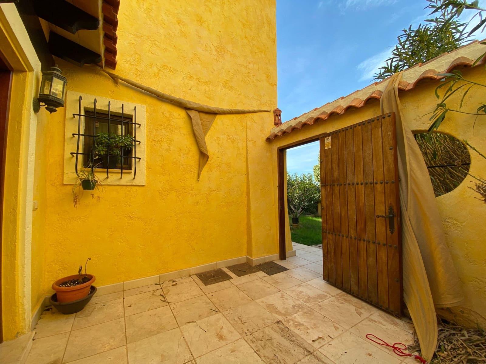 3 soveværelse Villa til leje i Cuevas del Almanzora med swimmingpool garage - € 1.150 (Ref: 5907279)