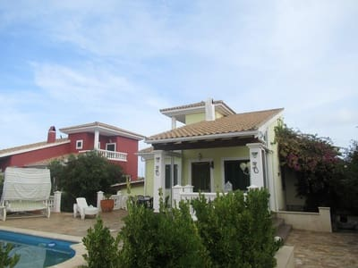 4 bedroom Villa for sale in Cala d'Or with pool - € 359,000 (Ref: 4682524)