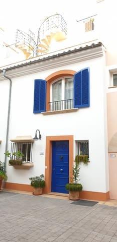4 sovrum Semi-fristående Villa till salu i Portocolom med pool garage - 585 000 € (Ref: 5046746)