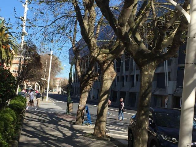 Commercieel te huur in A Coruna stad - € 1.650 (Ref: 4826241)