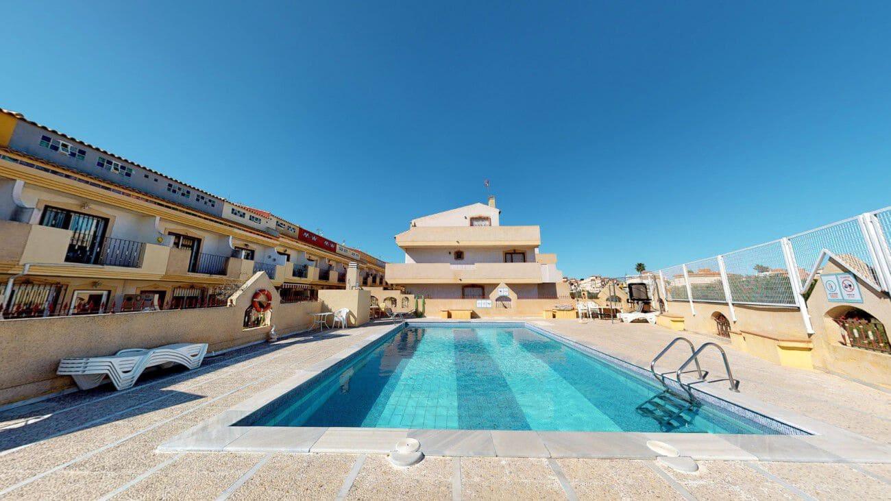 Casa de 3 habitaciones en Playa Flamenca en venta - 119.500 € (Ref: 5098938)