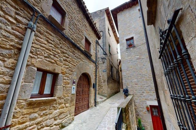 Chalet de 4 habitaciones en Sos del Rey Católico en venta - 197.255 € (Ref: 5712318)