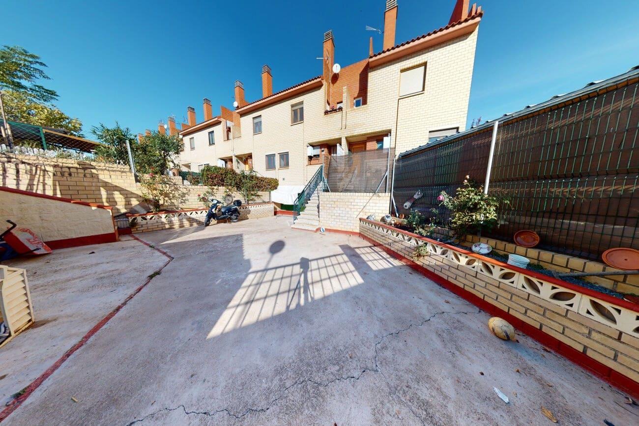 3 sypialnia Dom na sprzedaż w Villamayor de Gallego z basenem - 187 495 € (Ref: 5712319)