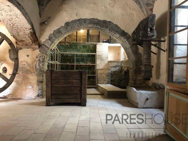 5 chambre Maison de Ville à vendre à Peralada avec garage - 800 000 € (Ref: 5999984)