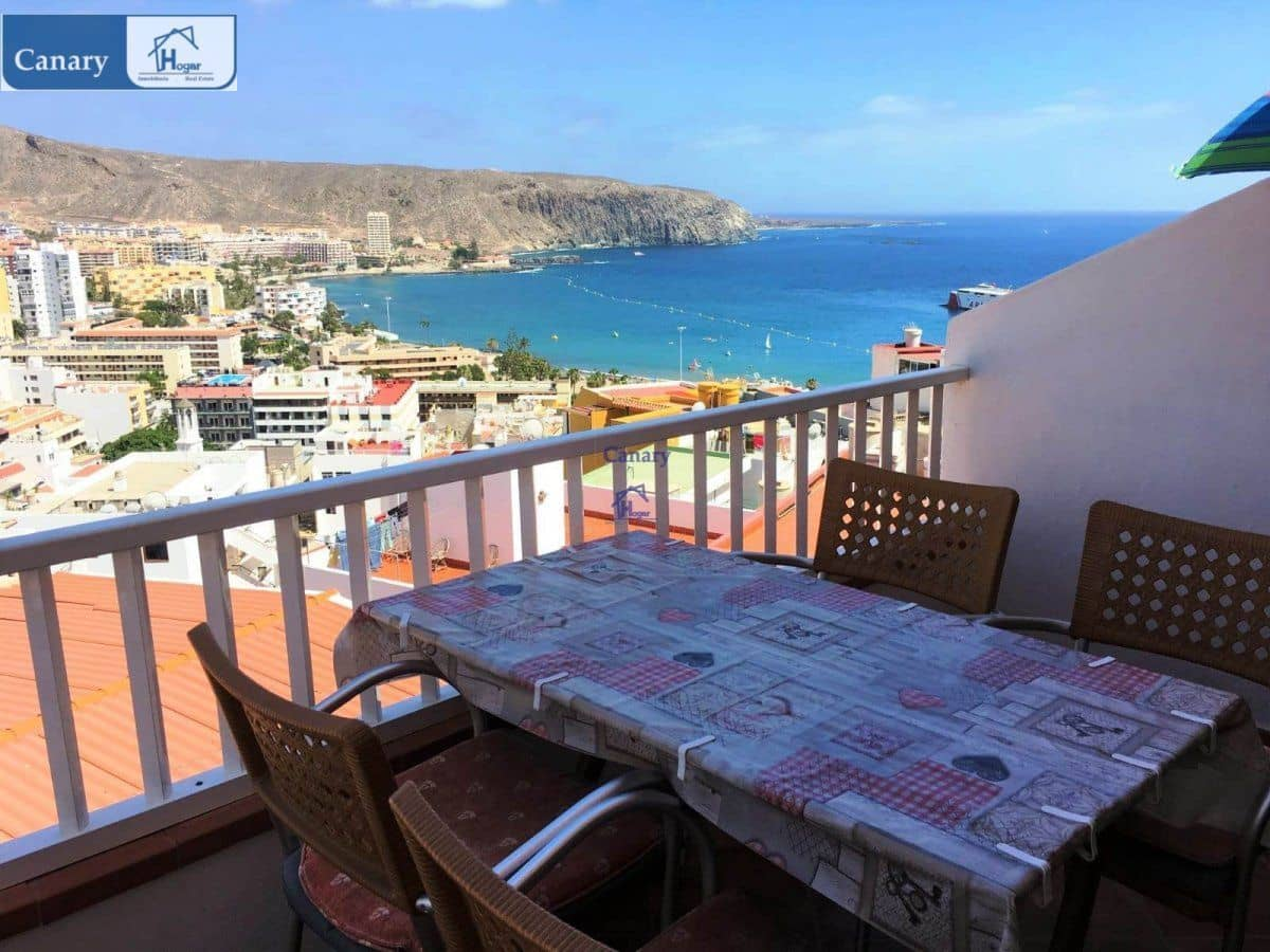 2 bedroom Penthouse for sale in Los Cristianos with pool - € 275,000 (Ref: 4995900)