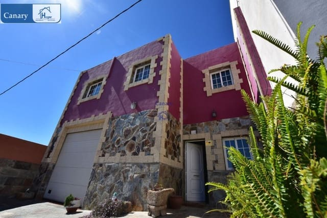 4 chambre Villa/Maison Mitoyenne à vendre à Arico avec garage - 170 000 € (Ref: 5011465)