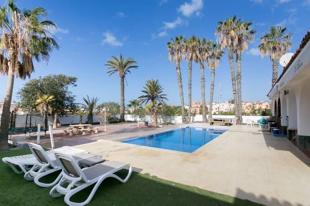 8 soverom Villa til salgs i Las Galletas med svømmebasseng garasje - € 1 200 000 (Ref: 5054565)