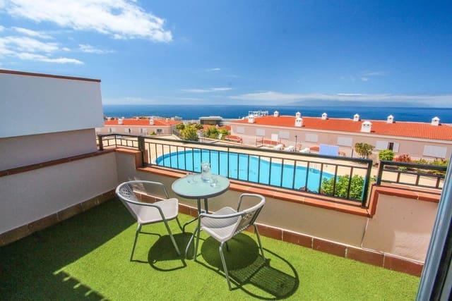 2 chambre Villa/Maison Mitoyenne à vendre à Puerto Santiago avec piscine garage - 310 000 € (Ref: 5513835)