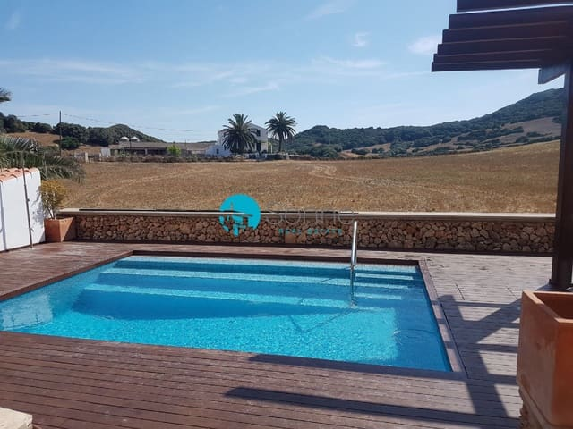 3 bedroom Townhouse for sale in Es Mercadal with pool - € 245,000 (Ref: 5918092)