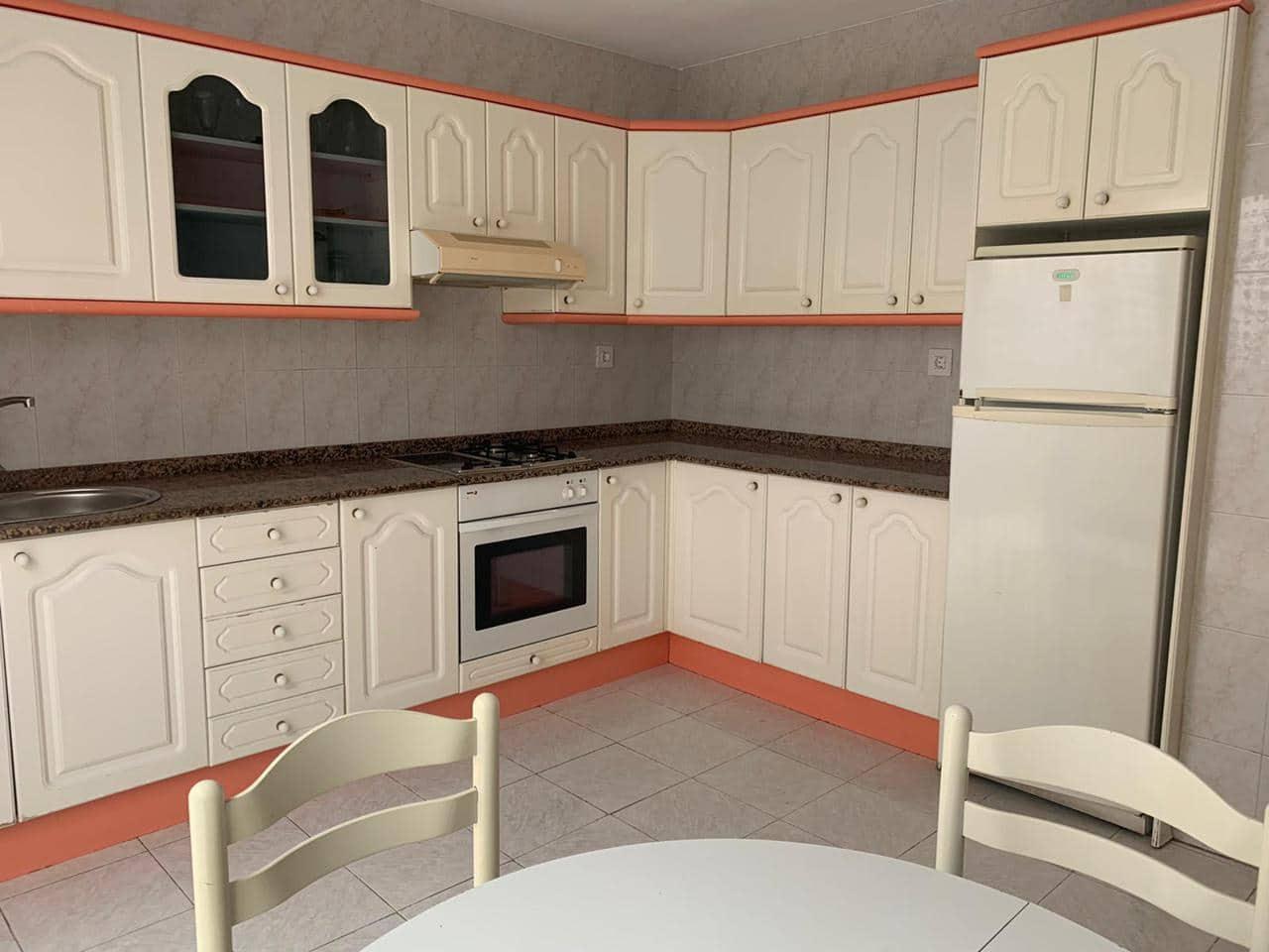 Appartement de 3 chambres à louer à San Bartolome de Tirajana - 990 € (Ref: 5038756)