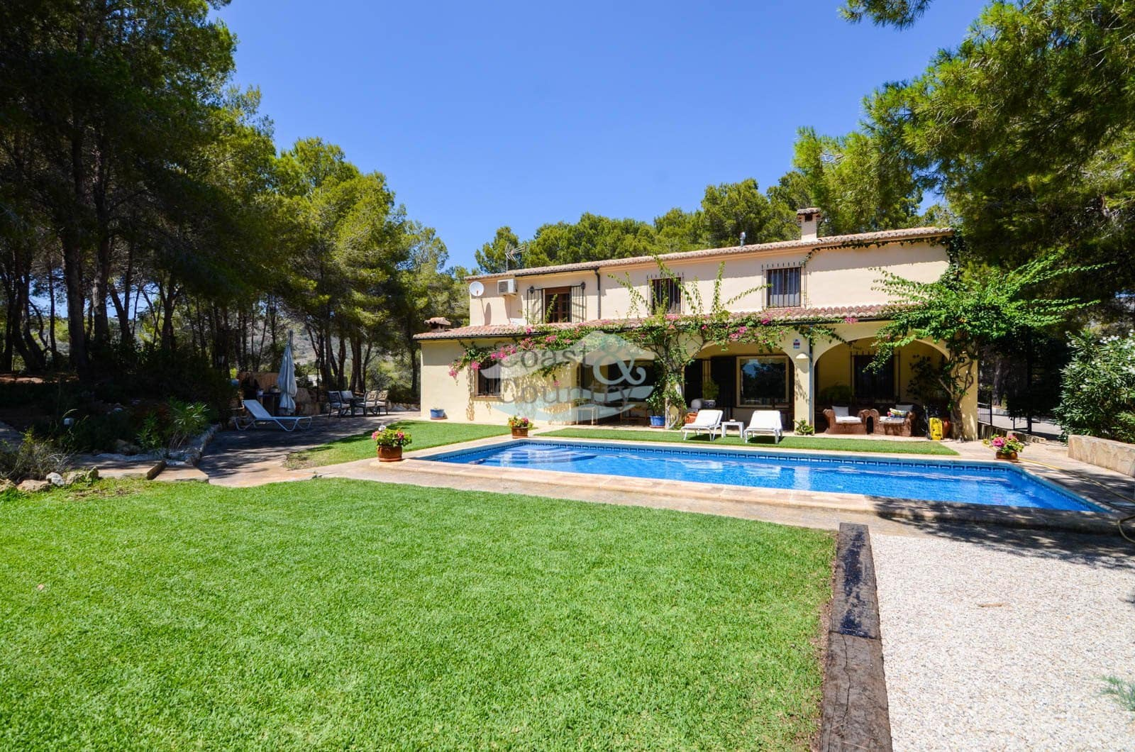 4 bedroom Finca/Country House for sale in Teulada with pool garage - € 799,950 (Ref: 4347831)