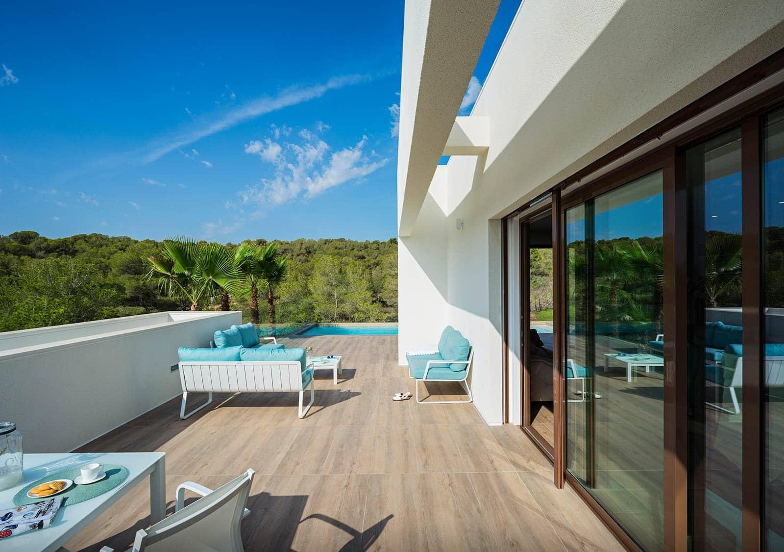 Chalet de 3 habitaciones en Orihuela en venta con piscina garaje - 545.000 € (Ref: 4528028)