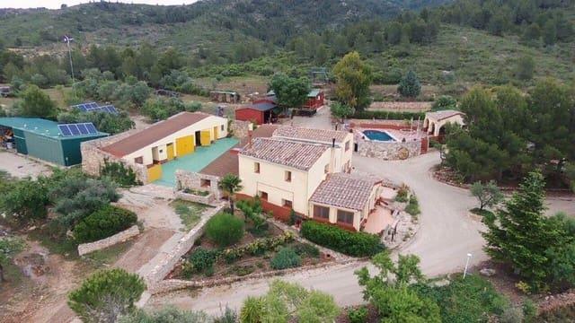 5 quarto Quinta/Casa Rural para venda em Tivissa com piscina garagem - 630 000 € (Ref: 4916631)