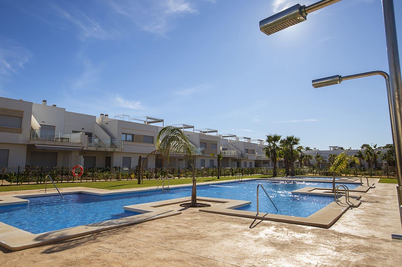 Ático de 2 habitaciones en Orihuela en venta con piscina garaje - 149.000 € (Ref: 4893613)