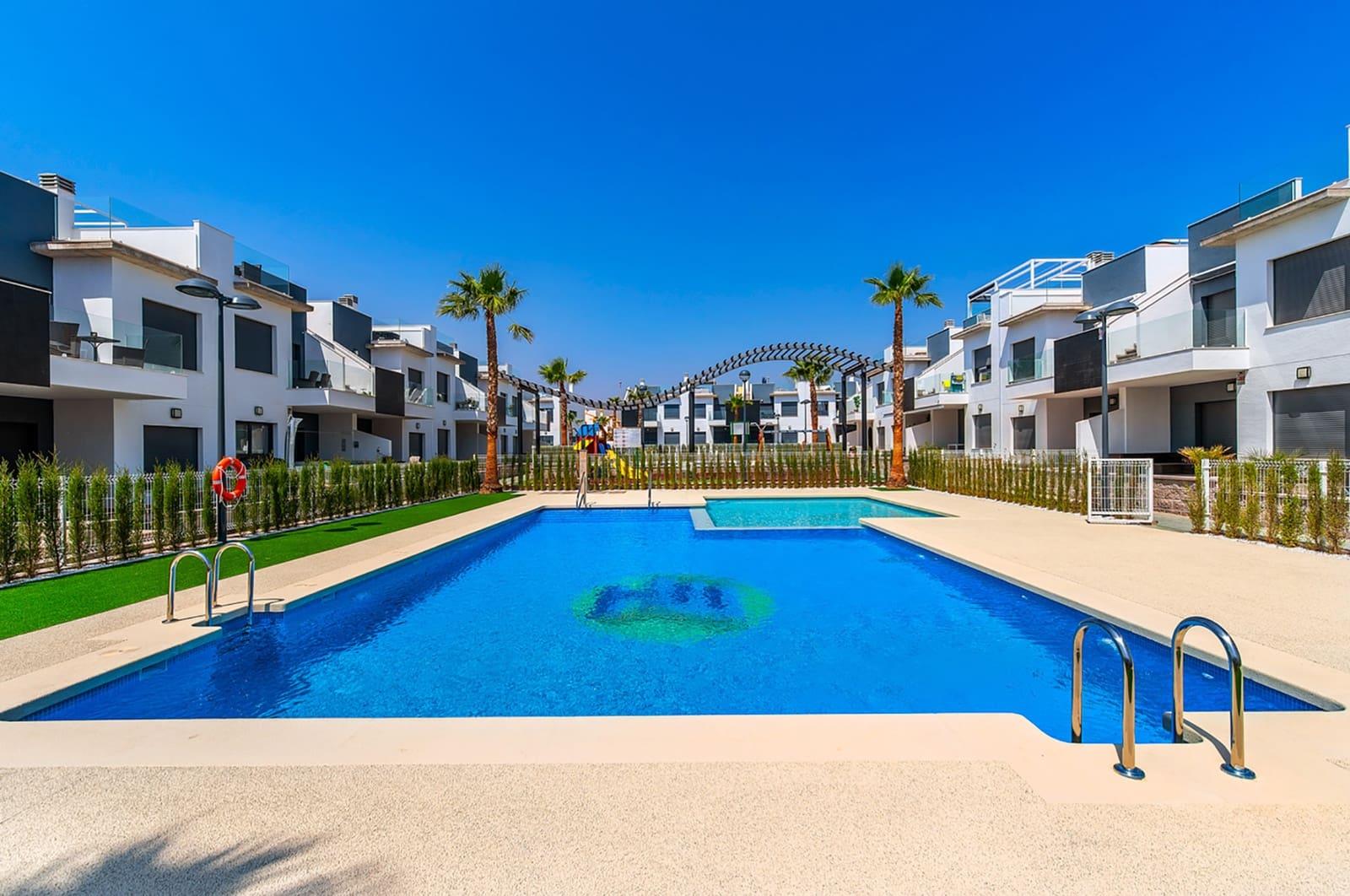 Apartamento de 2 habitaciones en Pilar de la Horadada en venta con piscina - 159.000 € (Ref: 4893717)