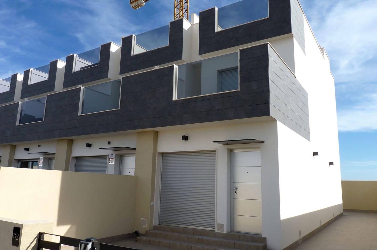 Casa de 3 habitaciones en Pilar de la Horadada en venta con piscina garaje - 198.000 € (Ref: 4893934)