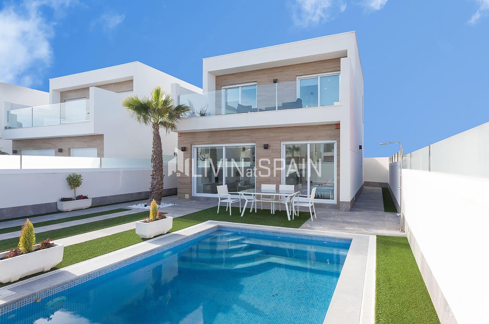 Chalet de 3 habitaciones en Pilar de la Horadada en venta con piscina garaje - 259.000 € (Ref: 4893955)