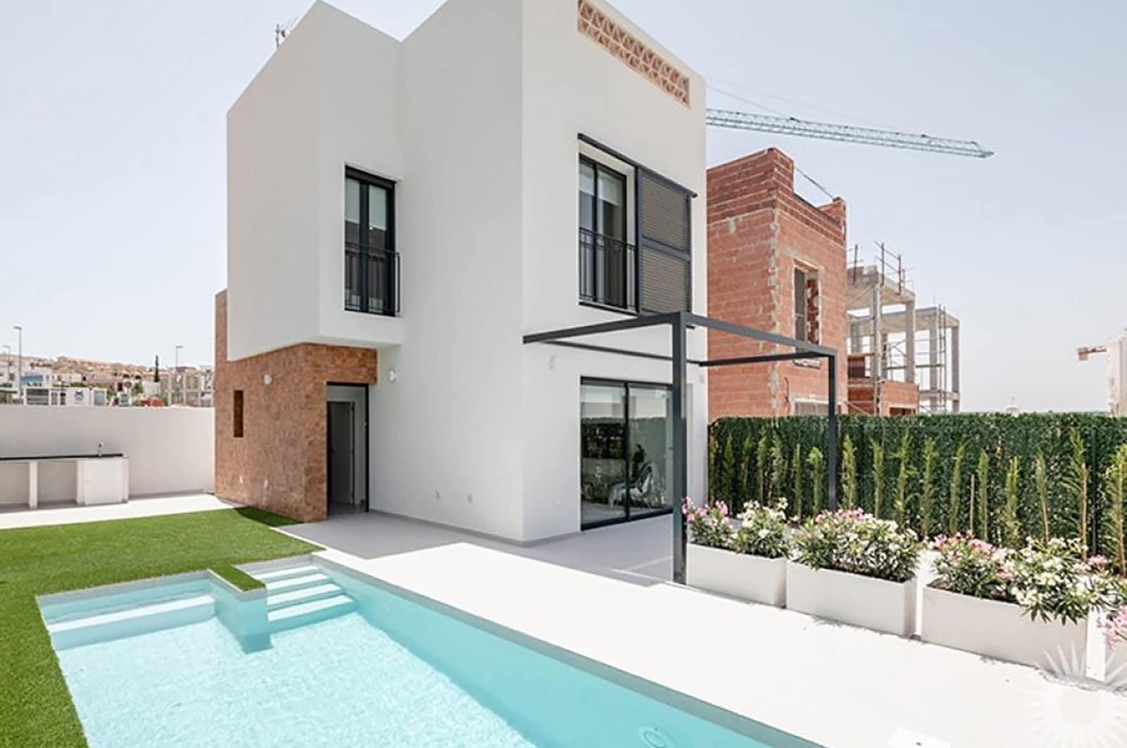Chalet de 3 habitaciones en Benijófar en venta con garaje - 295.000 € (Ref: 4894009)