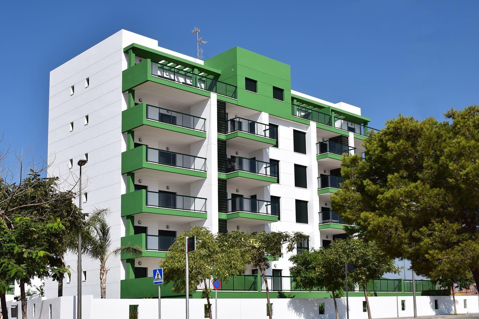 Ático de 2 habitaciones en Pilar de la Horadada en venta con piscina - 255.000 € (Ref: 4894121)
