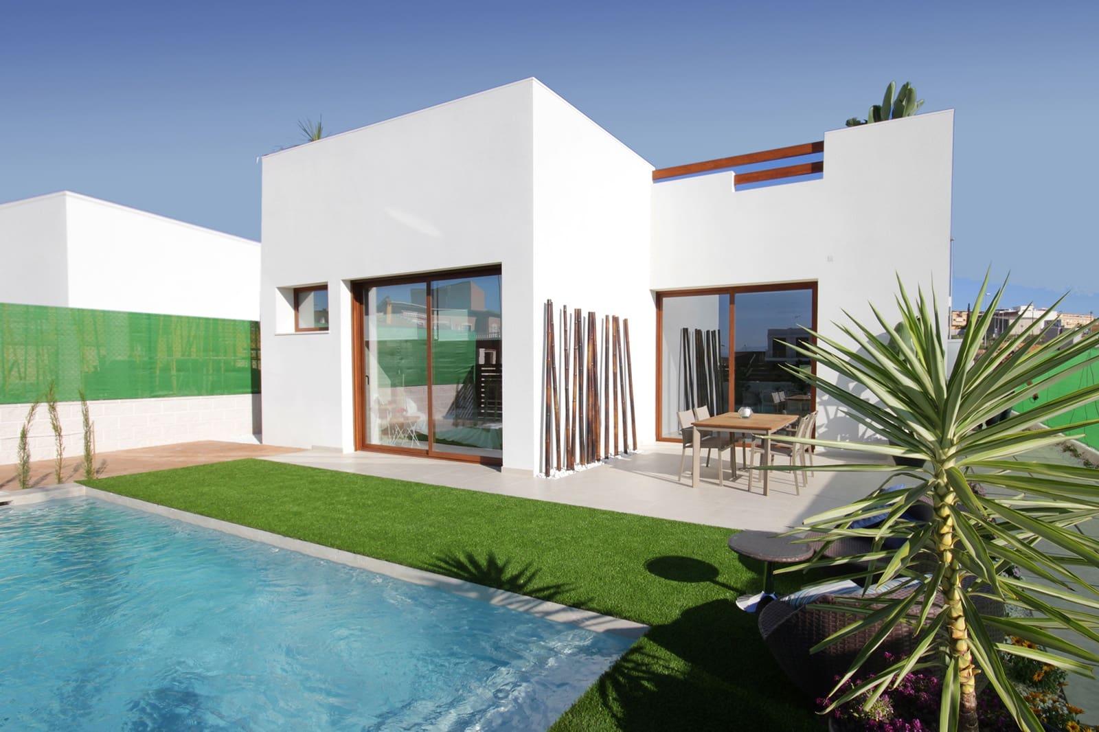 Chalet de 3 habitaciones en Benijófar en venta con piscina garaje - 314.900 € (Ref: 4914380)