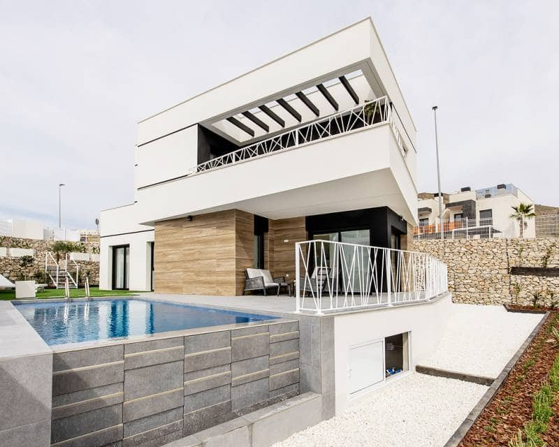 3 bedroom Villa for sale in Cala de Finestrat with pool - € 398,000 (Ref: 5197532)
