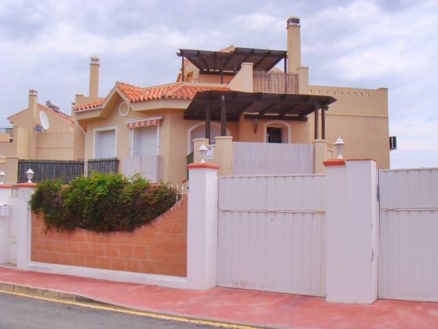 3 soverom Rekkehus til salgs i Riviera del Sol med svømmebasseng garasje - € 290 600 (Ref: 4657213)
