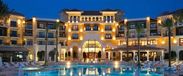 1 quarto Apartamento para venda em Mar Menor Golf Resort com piscina garagem - 68 000 € (Ref: 5363209)