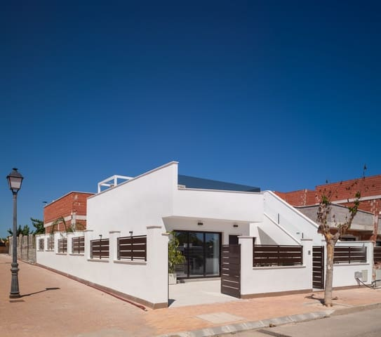 3 soveværelse Villa til salg i San Pedro del Pinatar med swimmingpool - € 239.900 (Ref: 5692287)
