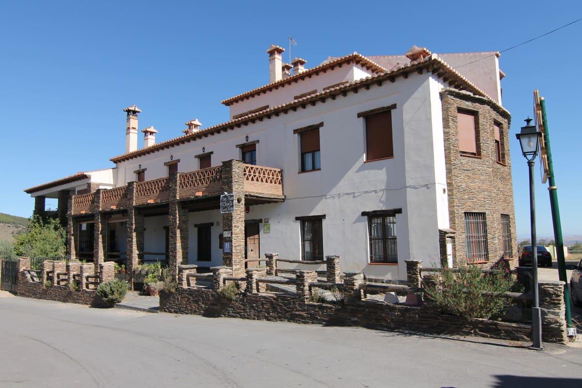 42 soverom Kommersiell til salgs i Granada by med svømmebasseng - € 1 250 000 (Ref: 5325722)