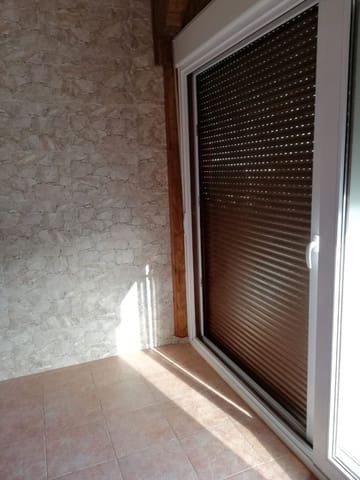 2 slaapkamer Appartement te huur in Antigua - € 450 (Ref: 4390422)