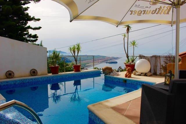 5 sovrum Villa till salu i Salobrena med pool - 425 000 € (Ref: 4357548)