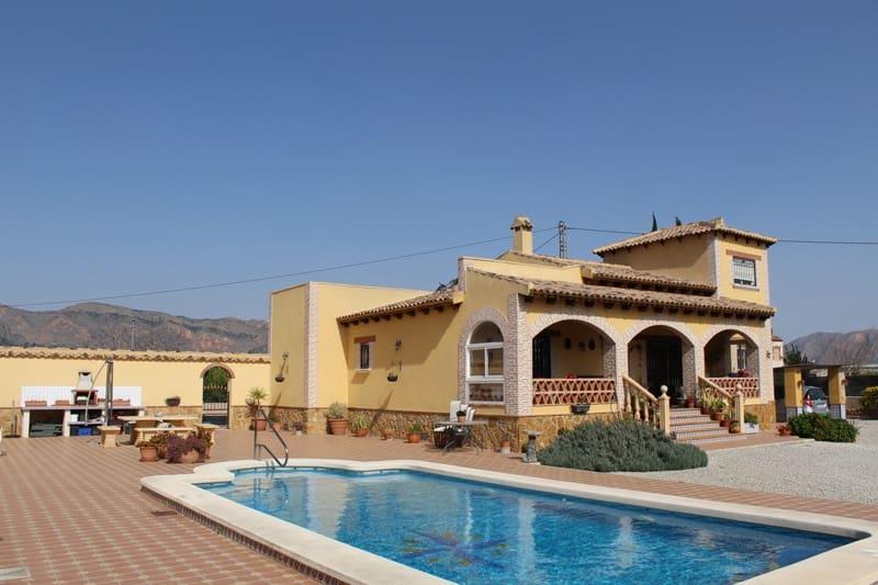 Chalet de 4 habitaciones en Orihuela en venta - 249.995 € (Ref: 4325786)