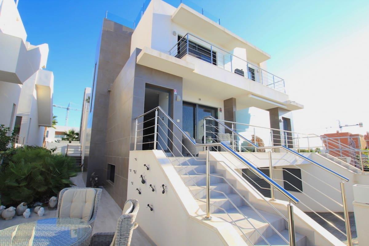 Chalet de 4 habitaciones en Benijófar en venta - 244.950 € (Ref: 4997415)