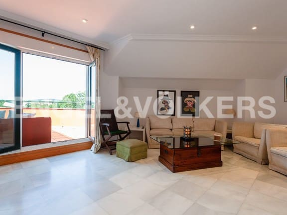 3 bedroom Penthouse for sale in Sanxenxo with garage - € 325,000 (Ref: 4826261)