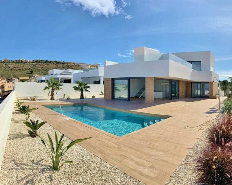 Chalet de 3 habitaciones en Benijófar en venta - 510.000 € (Ref: 4965815)