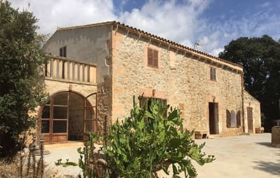 6 bedroom Finca/Country House for sale in Son Carrio - € 520,000 (Ref: 4379618)