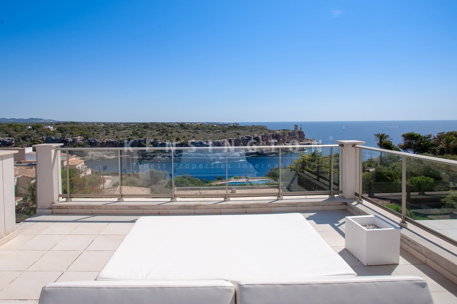 2 bedroom Penthouse for sale in Cala Figuera with pool - € 595,000 (Ref: 4636550)